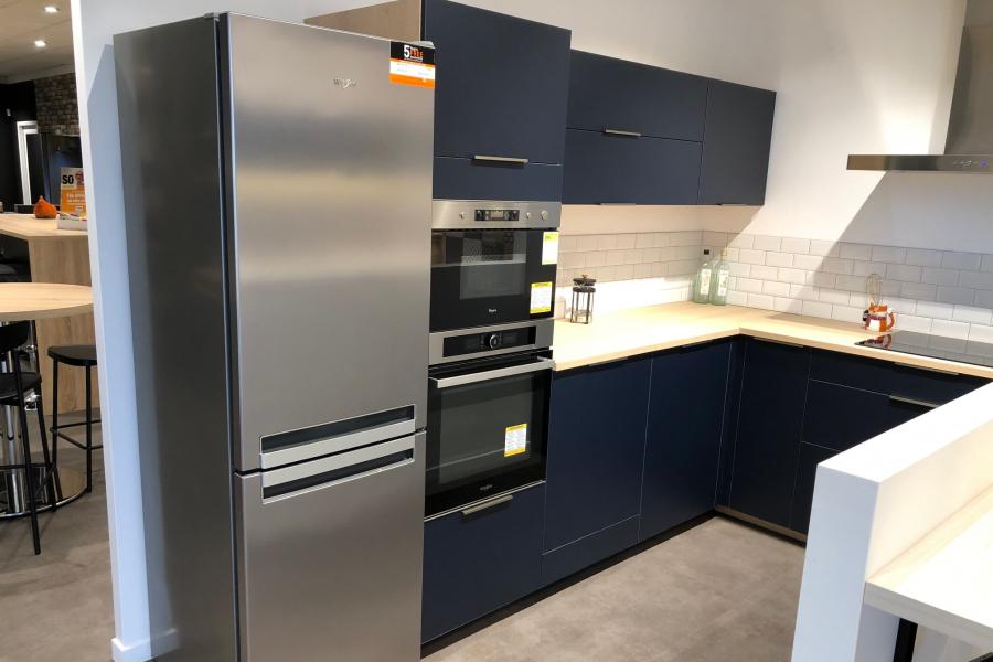 Soldes : Réfrigérateur combiné Whirlpool A+ en destockage