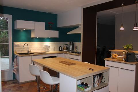 La cuisine tendance de Cécile et Yves!, une cuisine réalisée par SoCoo'c La Rochelle