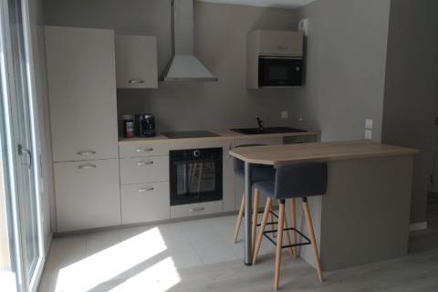 Une cuisine ouverte... finition ficelle !