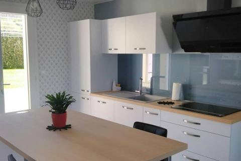 La cuisine blanche et bois de Mr et Mme R.