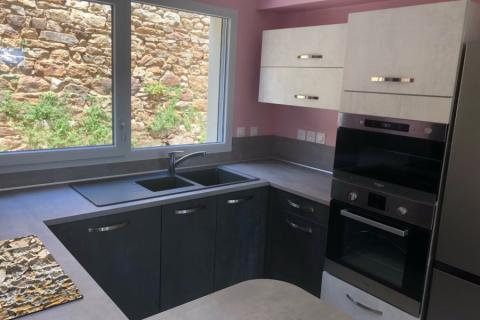Cuisine Cimento anthracite et Cimento clair , une cuisine réalisée par SoCoo'c Annonay Davezieux