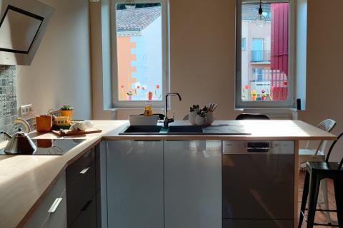La jolie cuisine de M et Mme M., une cuisine réalisée par SoCoo'c Valence
