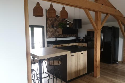 la tendance actuelle: la cuisine noire et bois, une cuisine réalisée par SoCoo'c Angoulême Soyaux