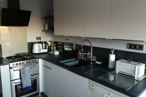 Grande cuisine, petit espace !, une cuisine réalisée par SoCoo'c Belfort