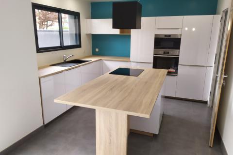La cuisine de Manon et Valentin, une cuisine réalisée par SoCoo'c Angers Lac de Maine