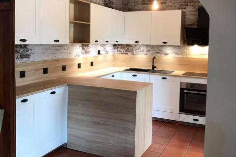 Magnifique cuisine Pila blanc mat et chêne Bardolino , une cuisine réalisée par SoCoo'c Toulon La Garde