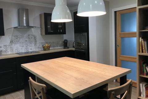 La cuisine So'Noir de Séverine et Ludovic, une cuisine réalisée par SoCoo'c Soissons