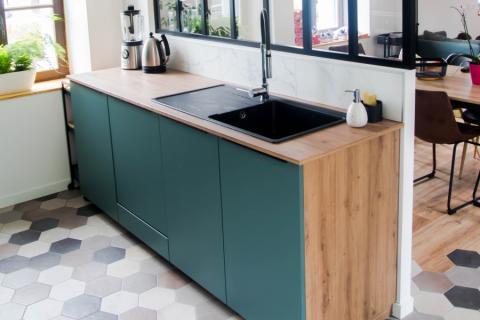 La cuisine moderne de Mr et Mme R., une cuisine réalisée par SoCoo'c Tours