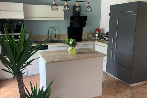 Bienvenue dans la cuisine de Michel et Francine, une cuisine réalisée par SoCoo'c Valenciennes