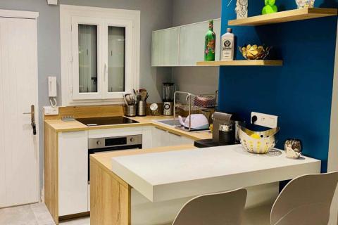 Cuisine blanche et bois, une cuisine réalisée par SoCoo'c Nice