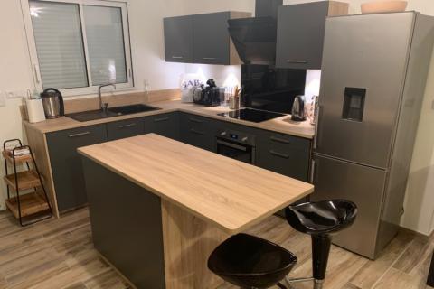 cuisine bois et anthracite, une cuisine réalisée par SoCoo'c Rouen Tourville