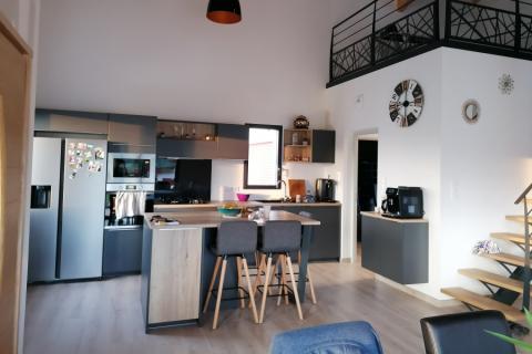 Cuisine ouverte sur mesures , une cuisine réalisée par SoCoo'c Bayonne