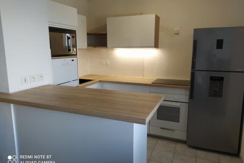 le blanc et le bois, on adore !!!, une cuisine réalisée par SoCoo'c Deauville
