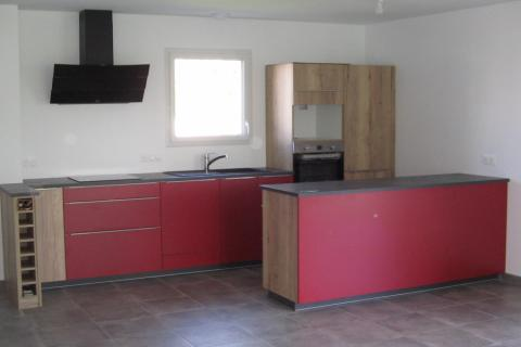 un épi de séparation dans la cuisine!, une cuisine réalisée par SoCoo'c Challans