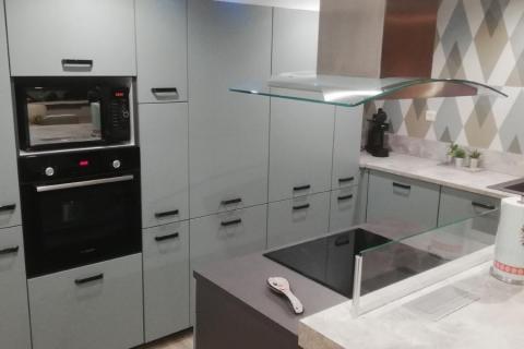 Une cuisine parfaitement posée par notre client, une cuisine réalisée par SoCoo'c Marquette Lez Lille