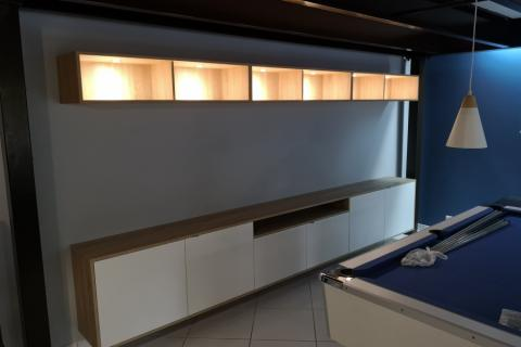Buffet suspendu + meuble TV de Mr et Mme V, une cuisine réalisée par SoCoo'c Lille Villeneuve d'Ascq