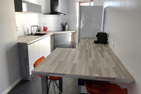 Cuisine en parallèle, une cuisine réalisée par SoCoo'c Rennes Melesse