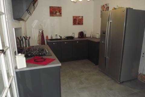 Cuisine moderne dans une maison ancienne, une cuisine réalisée par SoCoo'c Evreux
