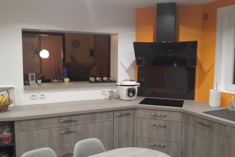 Cuisine au total look bois , une cuisine réalisée par SoCoo'c Boulogne sur Mer