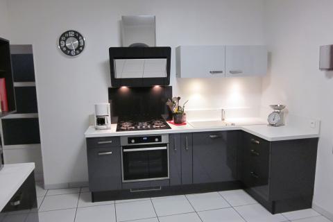 Cuisine en L Chez Nathalie et Michel, une cuisine réalisée par SoCoo'c Amiens