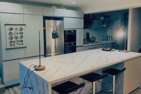 La cuisine de Peter et Nathalie, une cuisine réalisée par SoCoo'c Redon